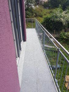 Balkon Durchgang