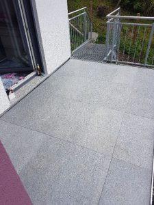 Balkonfläche vor Küche